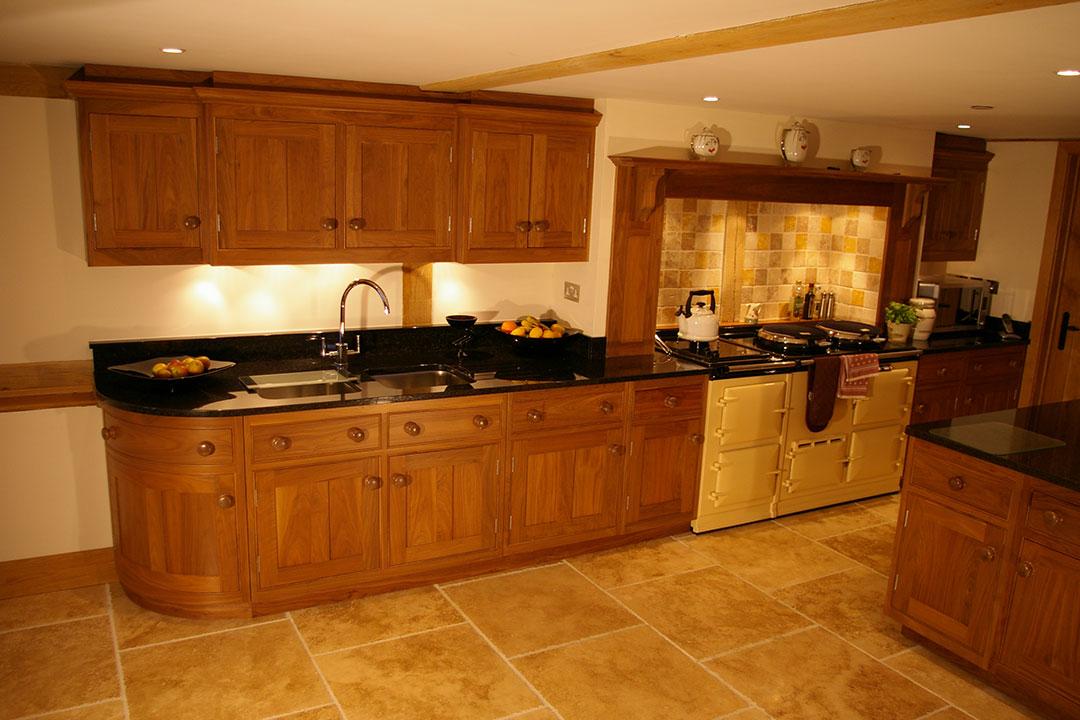 Essex barn conversion kitchen h m interiors for Barn conversion kitchen designs