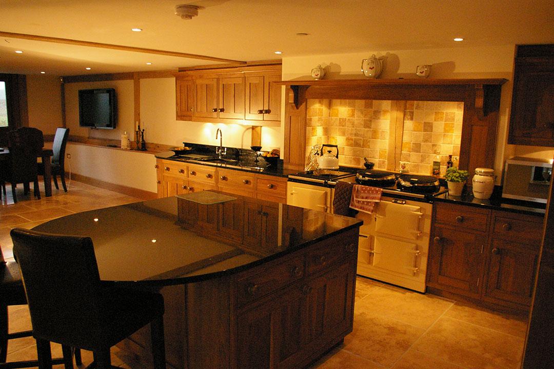 Essex Barn Conversion Kitchen H M Interiors Bespoke Kitchen Gallery