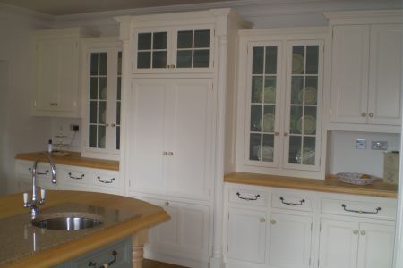 Handmade-kitchen-with-pilasters-3