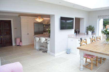 Pink-Kitchen-2