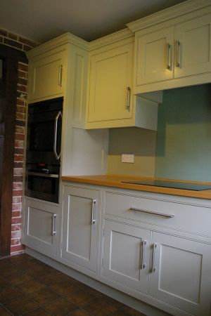 Shaker-style-painted-deep-green-2
