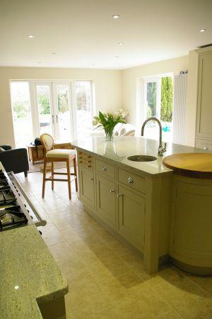 green-shaker-kitchen-4