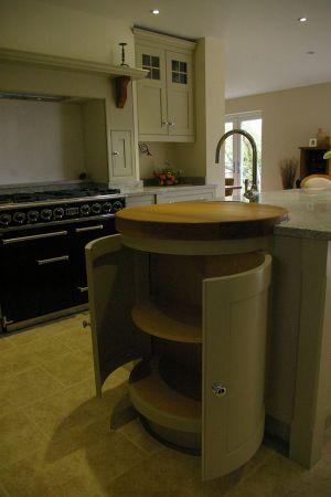 green-shaker-kitchen-5